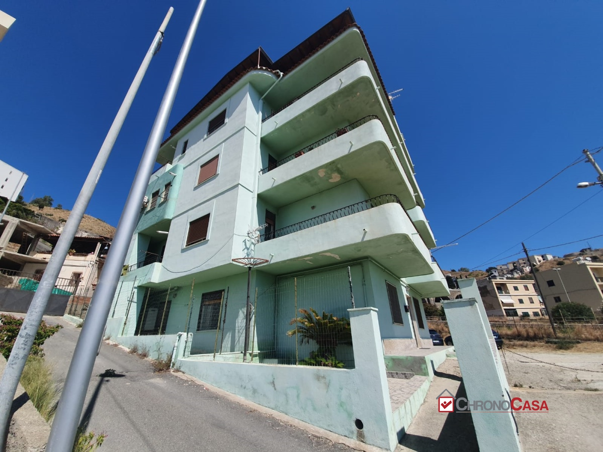 Villa in vendita a Messina, 5 locali, prezzo € 325.000 | Cambio Casa.it