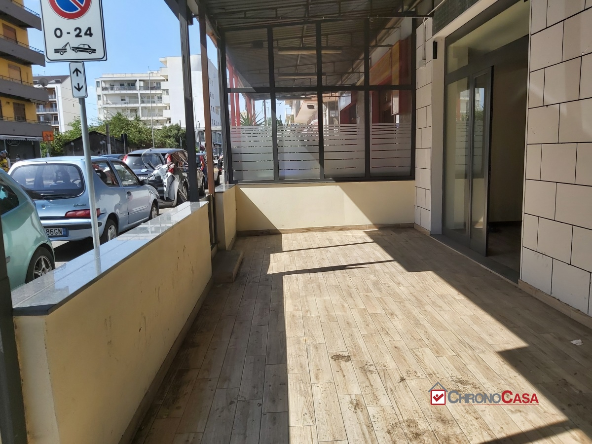 Locale Commerciale Messina ME1141842